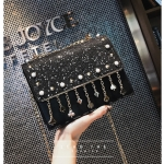 [ Pre-Order Hi-End ] - กระเป๋าคลัทช์ สะพาย สีดำ ดีไซน์สวยหรู ฟรุ้งฟริ้ง วิ้งค์ๆทั้งใบ ขนาดกระทัดรัด