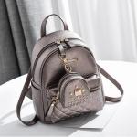 [ พร้อมส่ง ] - กระเป๋าเป้แฟชั่น สีบรอนซ์ทอง ปักหมุดเก๋ๆ สุดเท่ใบกลางๆ ดีไซน์สวยไม่ซ้ำใคร เหมาะกับสาว ๆ ที่ชอบกระเป๋าเป้ แถมเป๋าลูก