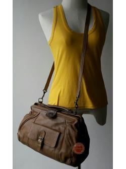 B61: Vintage leather doctor bag กระเป๋าหนังแท้ ทรง doctor กระเป๋าวินเทจ กระเป๋าสะพาย ถอดสายเป็นกระเป๋าถือได้