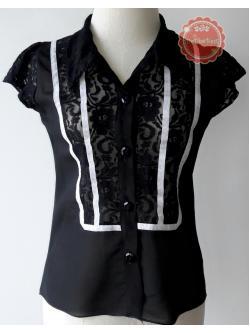T71:2nd hand top เสื้อสีดำผ้าซีฟองแต่งลูกไม้