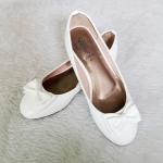 รองเท้าคัชชูหนังแก้วเด็กหญิงสีขาว Sainte ประดับโบว์น่ารัก Size 36-42