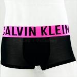 กางเกงในชาย Calvin Klein Boxer Briefs : INTENSE สีดำ ขอบชมพู