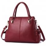 [ พร้อมส่ง ] - กระเป๋าถือ/สะพาย สีไวน์แดง ทรงหมอน ดีไซน์สวยเก๋เท่ๆ ดูดี งานหนังสวยค่ะ