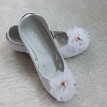 รองเท้าคัชชูออกงานเด็กหญิงสีขาว หมุนสายรัดข้อเท้าได้ Size 26 - 36