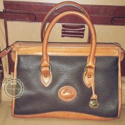 ขายแล้วค่ะ B53 :Vintage leather bag กระเป๋าถือใบสวย กระเป๋าหนังแท้ made in USA❤