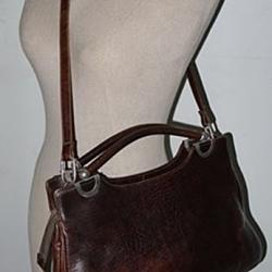 ขายแล้วค่ะ B34:Vintage leather bag กระเป๋าหนังแท้สีน้ำตาลเข้ม (สะพายข้างหรือถือได้) !! ส่งฟรีคร่าาาาา!!&#x2764