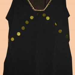 แถมให้คุณปวริศาค่ะ T17:2nd hand top เสื้อแขนกุดสีดำคอวีปักแถบสีทอง&#x2764