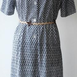 D57:Vintage dress เดรสวินเทจลายกราฟฟิค