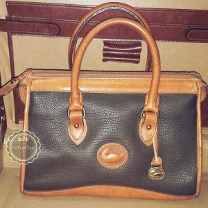 B53 :Vintage leather bag กระเป๋าถือใบสวย กระเป๋าหนังแท้ made in USA