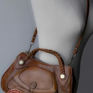ขายแล้วค่ะ B27:Vintage leather bag กระเป๋าหนังแท้สีน้ำตาลคาราเมล Made in Brazil&#x2764