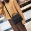 [ พร้อมส่ง ] - กระเป๋าถือ/สะพาย สีดำคลาสสิค ขนาดกระทัดรัด ดีไซน์สวยเรียบหรู ดูดี งานหนังแบบด้าน คุณภาพดีค่ะ thumbnail 5