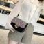 [ พร้อมส่ง ] - กระเป๋าแฟชั่น คลัทช์/สะพาย สีรุ้งวิ้งค์ๆ ทรงกล่องสี่เหลี่ยม ซิลิโคนอย่างหนา ขนาดกระทัดรัด ดีไซน์สวยเรียบหรู ดูดี งานสวยค่ะ thumbnail 6