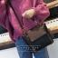 [ พร้อมส่ง ] - กระเป๋าถือ/สะพาย สีดำคลาสสิค ขนาดกลางๆ ดีไซน์สวยเรียบหรู ดูดี ไม่ซ้ำใคร งานหนังคุณภาพดีค่ะ thumbnail 1