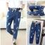 กางเกงยีนส์เอวยืดมีสายผูก แต่งขาด ๆ