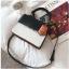 [ พร้อมส่ง ] - กระเป๋าถือ/สะพาย สีทูโทนขาวดำ ทรงกล่องขนาดกระทัดรัด ห้อยป้ายเก๋ๆ ดีไซน์สวยเรียบหรู ดูดี งานหนังคุณภาพดี ช่องใส่ของ 3 ช่อง thumbnail 22