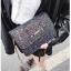 [ พร้อมส่ง ] - กระเป๋าแฟชั่น คลัทช์/สะพาย สีดำรุ้งวิ้งค์ๆ ทรงกล่องสี่เหลี่ยม ขนาดกระทัดรัด ดีไซน์สวยเรียบหรู ดูดี งานสวยค่ะ thumbnail 11