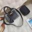 [ พร้อมส่ง ] - กระเป๋าถือ/สะพาย สีดำคลาสสิค ลายสก็อต ขนาดกลางๆ ดีไซน์สวยเก๋เท่ๆ ดูดี ไม่ซ้ำใคร มีกระเป๋าลูก 1 ใบ thumbnail 11