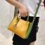 [ พร้อมส่ง ] - กระเป๋าถือ/สะพาย สีทูโทนเหลืองเขียว ใบเล็กกระทัดรัด ตกแต่งโลโก้ F เก๋ๆ ดีไซน์สวยเรียบหรู ดูดี งานหนังคุณภาพดี thumbnail 11