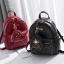 [ พร้อมส่ง ] - กระเป๋าเป้แฟชั่น สีดำคลาสสิค ปักหมุดเก๋ๆ สุดเท่ใบกลางๆ ดีไซน์สวยไม่ซ้ำใคร เหมาะกับสาว ๆ ที่ชอบกระเป๋าเป้ แถมเป๋าลูก thumbnail 2