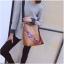 [ พร้อมส่ง ] - กระเป๋าสะพายไหล่แฟชั่น สีน้ำตาลเรโท ทรงถัง + กระเป๋าใบเล็ก 1 ใบ ดีไซน์สวยเรียบหรู ดูดี งานหนังคุณภาพดี พร้อมสายสะพายสุดเก๋ thumbnail 11