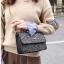 [ พร้อมส่ง ] - กระเป๋าแฟชั่น คลัทช์/สะพาย สีดำเงินวิ้งค์ๆ ทรงกล่องสี่เหลี่ยม ขนาดกระทัดรัด ดีไซน์สวยเรียบหรู ดูดี งานสวยค่ะ thumbnail 5