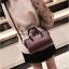 [ พร้อมส่ง ] - กระเป๋าถือ/สะพาย สีไวน์แดง ขนาดกระทัดรัด ดีไซน์สวยเรียบหรู ดูดี งานหนังมันเงาสวย คุณภาพดีค่ะ thumbnail 15