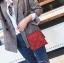 [ พร้อมส่ง ] - กระเป๋าถือ/สะพาย สีแดง วิ้งค์ๆ ขนาดใบเล็กๆ กระทัดรัด ดีไซน์สวยเก๋หัวบิดเปิดกระเป๋า ดูดี งานสวยน่ารักค่ะ thumbnail 9