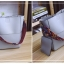 [ พร้อมส่ง ] - กระเป๋าสะพายไหล่แฟชั่น สีน้ำตาลเรโท ทรงถัง + กระเป๋าใบเล็ก 1 ใบ ดีไซน์สวยเรียบหรู ดูดี งานหนังคุณภาพดี พร้อมสายสะพายสุดเก๋ thumbnail 17