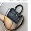 [ Pre-Order ] - กระเป๋าถือ/สะพาย สีดำคลาสสิค ขนาดกระทัดรัด ดีไซน์สวยเรียบหรู ดูดี งานหนังคุณภาพดีเยี่ยม พร้อมสายสะพายสุดเก๋อย่างดี thumbnail 18