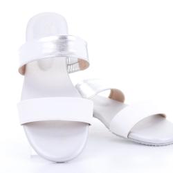 Totty Sandal two tone (Silver) รองเท้าแตะ แบบสวม 2สี สีเงิน