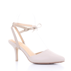 Scarlett Pointy Heel (Cream) ส้นสูง ทรงหัวแหลม สีครีม