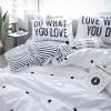 ผ้าปูที่นอนลายจุดหัวใจ ลายเส้น สีขาว-ดำ