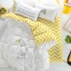 ผ้าปูที่นอน ลายเป็ด พื้นเหลือง-ขาว ลายหยัก