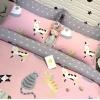 ผ้าปูที่นอน ลายการ์ตูนแมว หัวใจ สีชมพู-เทา