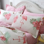 ผ้าปูที่นอนลายนกฟลามิงโก้ FLAMINGO สีชมพู-ครีม