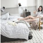 ผ้าปูที่นอนลายเส้น สีขาว-เทาเข้ม