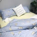 ผ้าปูที่นอน ลายกล้วย สีฟ้า-เหลือง