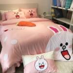 ผ้าปูที่นอน ลายกระต่ายโคนี่ หมีบราวน์ เนื้อผ้าคอตตอนซาติน