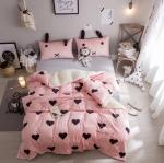 ผ้าปูที่นอนลายหัวใจ สีชมพู-ดำ ปลอกหมอนมีหู