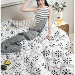 ผ้าปูที่นอนลายสวย สีขาว-เทาเข้ม