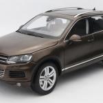 Pre Order โมเดลรถ Volkswagen Touareg 2010 น้ำตาล 1:18 รุ่นหายากสุดๆ มีโปรโมชั่น