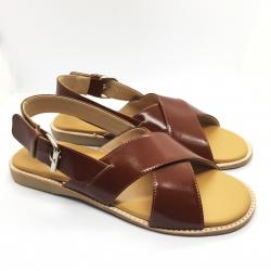 Arya Leather Sandal (Caramel) รองเท้าแตะ แบบสวมไขว้ สีสายรัดส้น สีคาราเมล