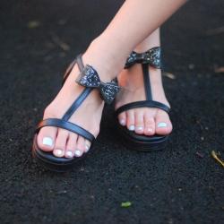 Eve Sandal Glitter bow (Black) รองเท้าแตะ โบว์กลิตเตอร์ สีดำ