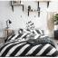 ผ้าปูที่นอน ลายทางสีขาว-ดำ ลายกราฟฟิก thumbnail 5