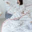 ผ้าปูที่นอนลายตัวหนังสือ ลายสก๊อต สีขาว-ดำ thumbnail 8
