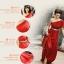 พร้อมเช่า ชุดราตรียาว สีแดง ไหล่เดียว แขนย้วย ผ้าอัดพลีทสวย แต่งเลื่อมช่วงเอว thumbnail 6