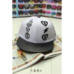 หมวก LOVE (สีขาว)