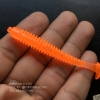 เหยื่อปลอมตกปลา หนอนยางสีส้ม หางระริก ตีเหยื่อปลอม #005