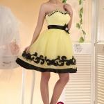 Pre-order ชุดแฟนซี ชุดราตรีสั้น สีเหลือง แต่งลูกไม้และปักลูกปััดสีดำ คอเว้า Sweet Heart