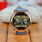 นาฬิกาข้อมือหน้าปัดทอง SJ